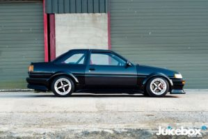 1984-1987 Toyota Corolla AE86 Seibon Carbon Collection